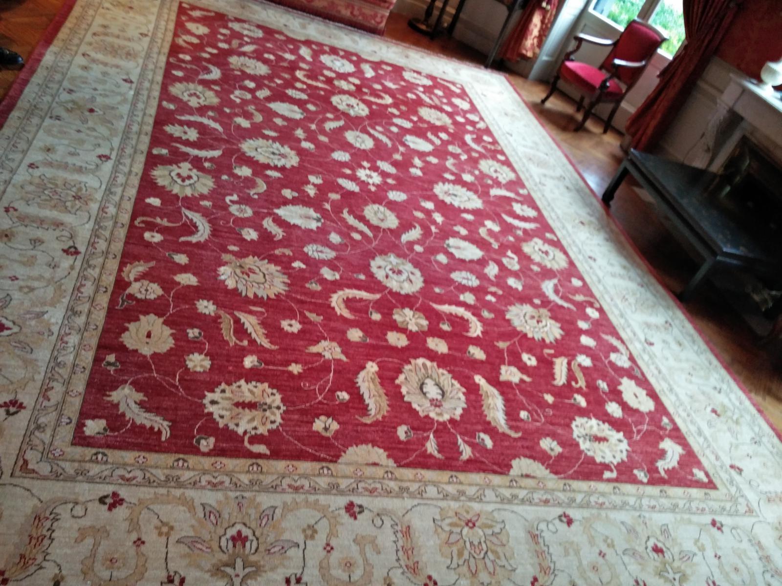 Photos nettoyage tapis et moquette tapis pro bordeaux for Nettoyage moquette